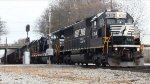 "NS Gravel train with ""classic"" Power 3x SD40E and 2x GP38-2"