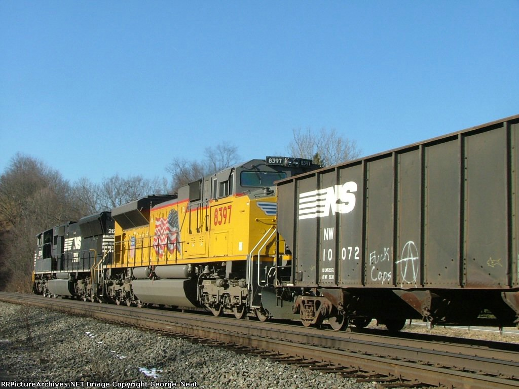 UP Flagged SD70 ACe on NS 17G 2/19/2006