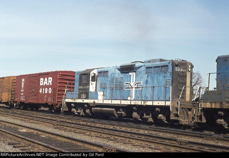 B&M 1717(GP-9)