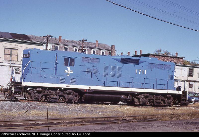 B&M 1711(GP-9)