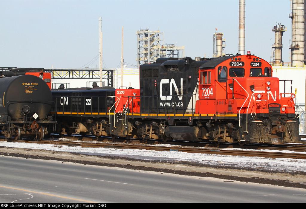 CN 7204 & CN 220