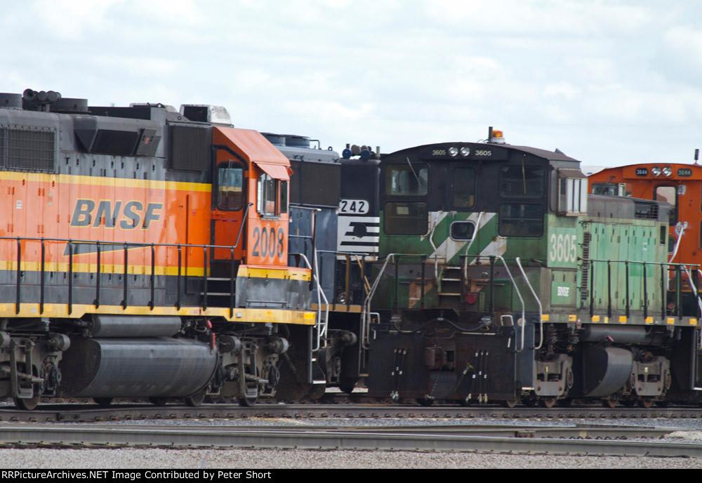 BNSF2008, BNSF3605, BNSF3644 and NS5242 in the yard