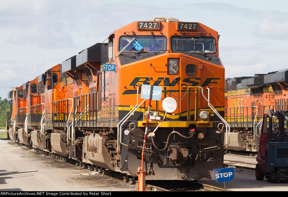 BNSF7427 and others in the yard