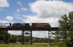BNSF7887 and NS9298 crossing the trestle