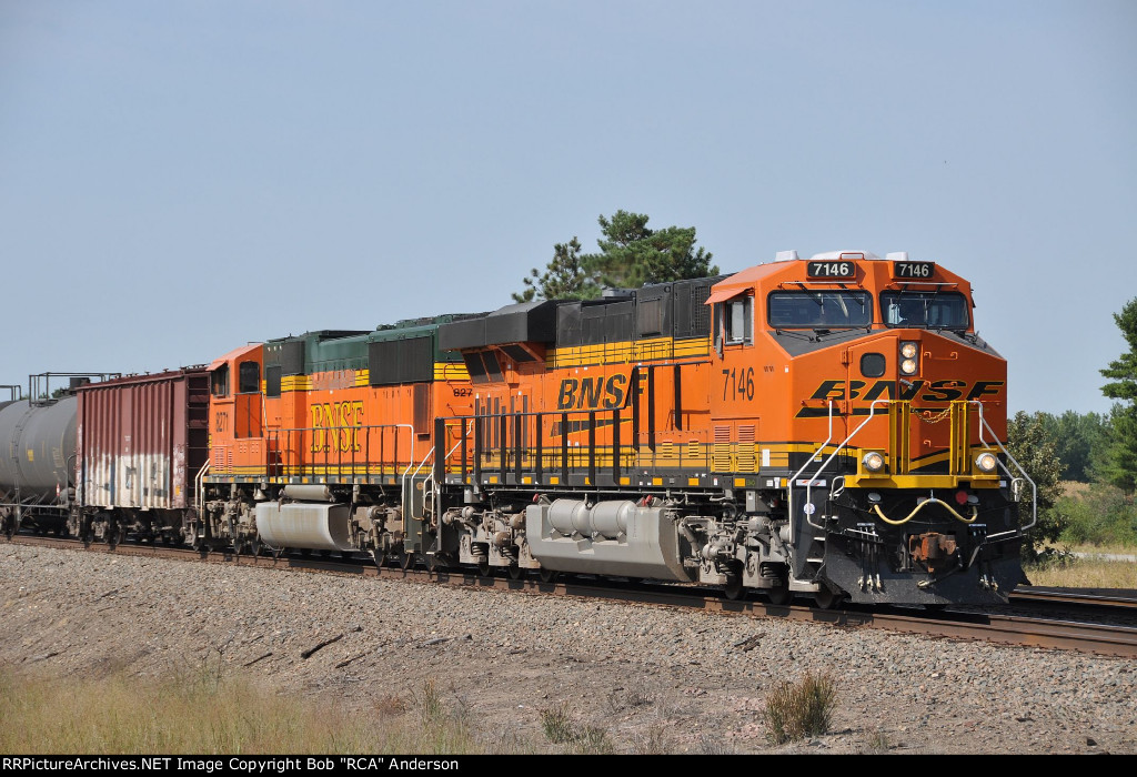 BNSF 7146