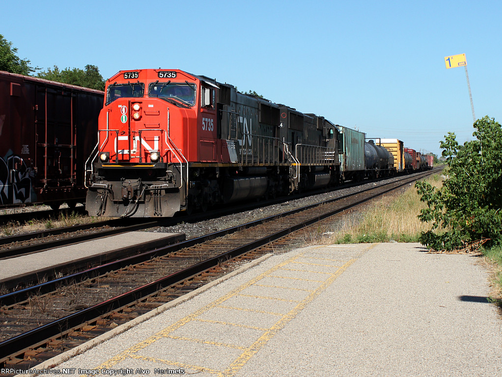 CN 435 at Woodstock