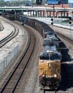 Another coal train thunders through KC.