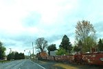 BNSF 4425 coming into Collage Place Wa