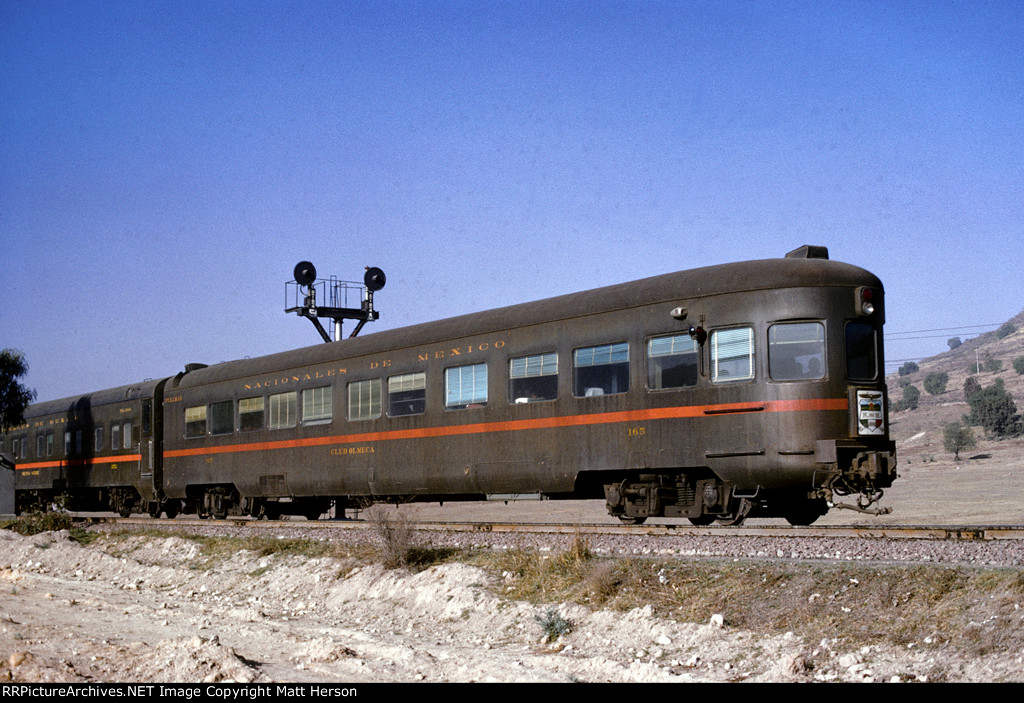 NdeM 165