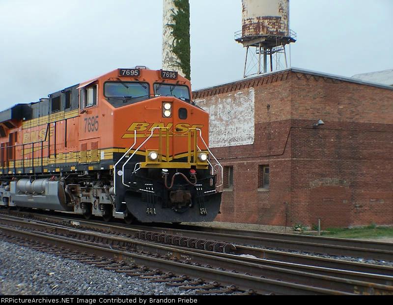BNSF 7695