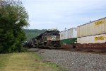 NS SD70M-2 2759 leads 14G