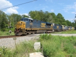 NB freight L580 cruising across Burnt Hickory Road on its way to Kingston to tie up