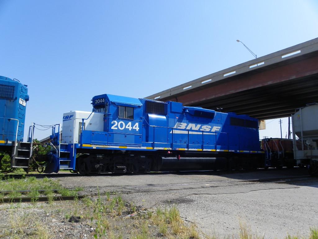 BNSF GP38AC 2044