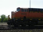 BNSF ES44C4 6628