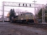 NS 9-40CW 9965 leads an eastbound Roadrailer