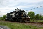 NS GP38-2 5324 returns light to Hershey yard