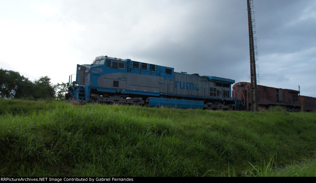Rumo Logistica AC44i #9832 at Cubatão Yard