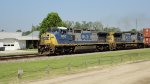CSX 7655 and 7675 lead Q181 Southbound