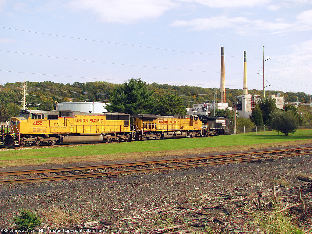 Coal starts being delivered again to the GenOn Portland plant after almost one year