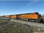 BNSF 6437 at Shoshone, Idaho