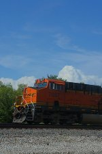 BNSF 7887 closeup