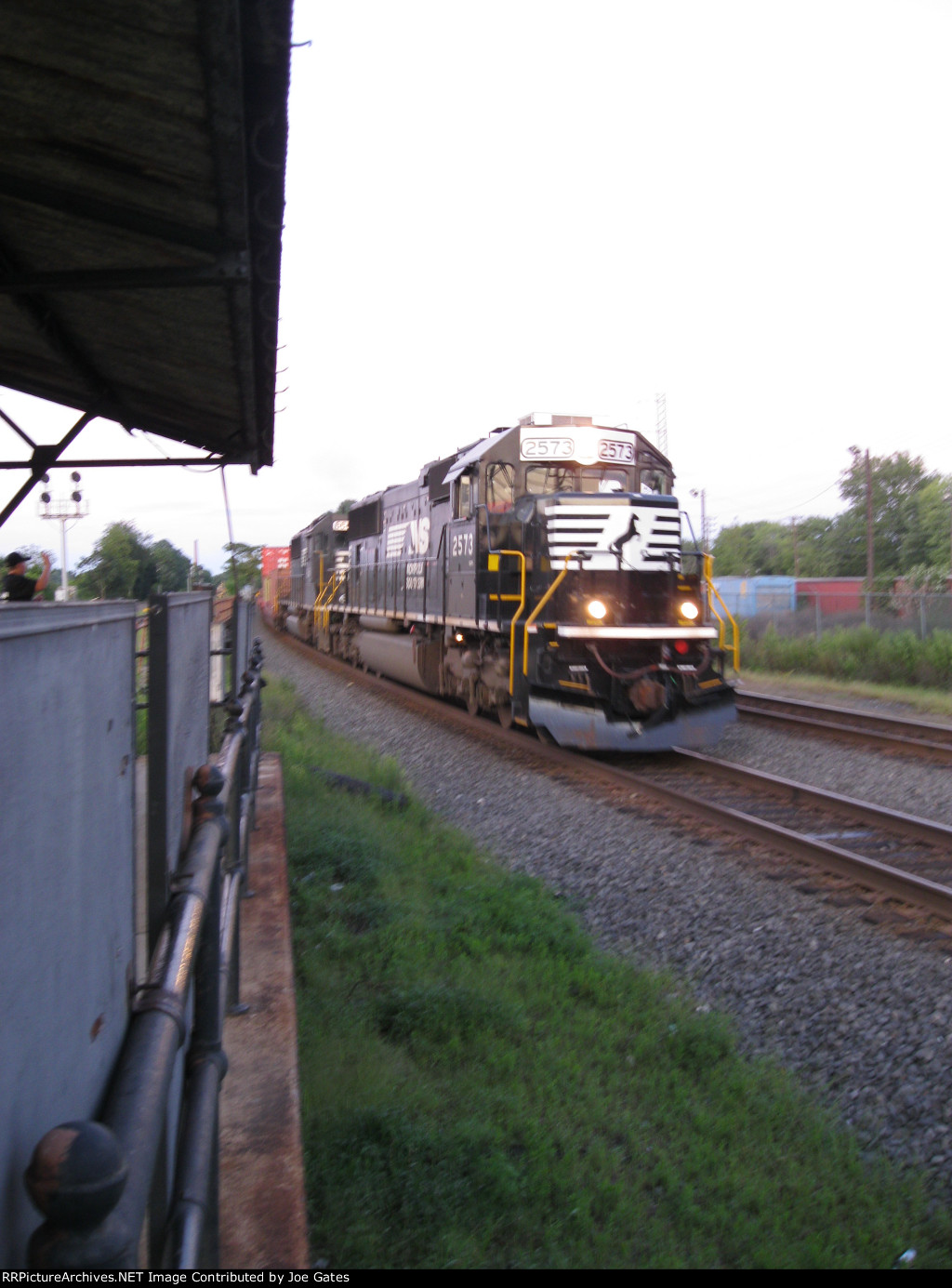 NS 2573