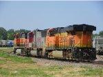 BNSF ES44DC 7562, BNSF SD75I 8298 & BNSF C44-9W 1018