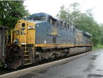 CSX 789 sits with a work track idling away on the team track siding in Blauvelt