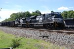 NS sure keeps cleaner locomotives than CSX