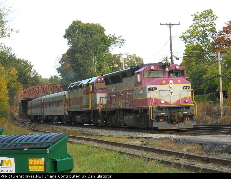 MBTA 1115 and 1062
