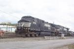 NS 9056 & 8990 in Inman Yard
