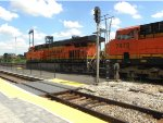 BNSF 7504 and BNSF 7473