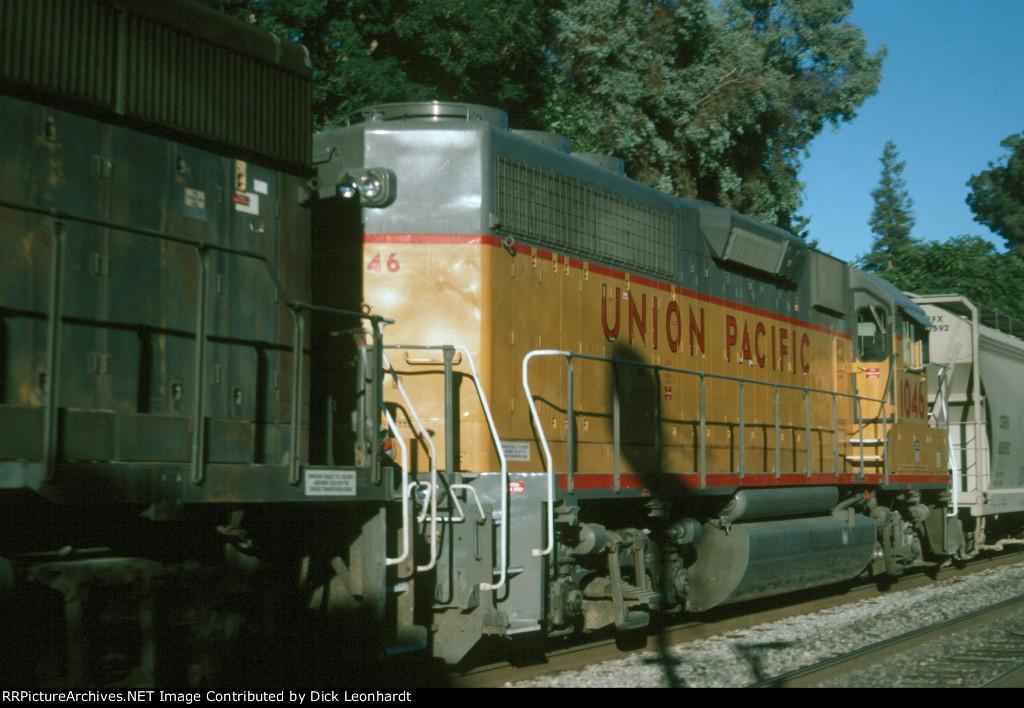 UP 1046