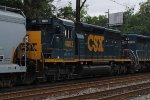 CSX SD40-3 4003 trails on X409-08