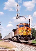 BNSF 5374 C44-9W