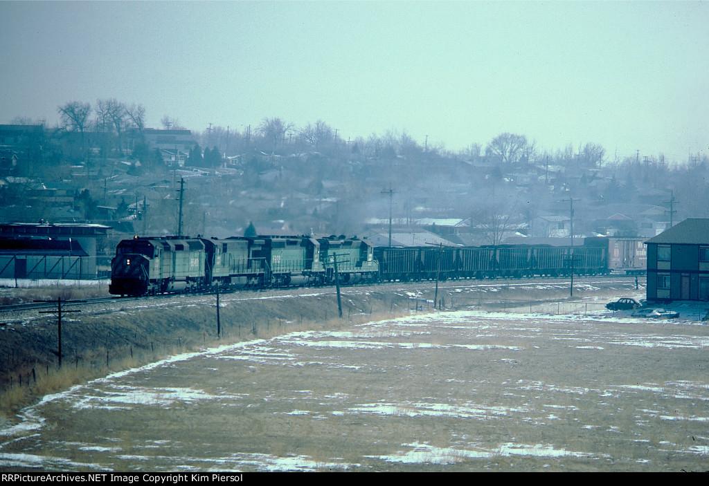 BN 6640 (F45) BN 5749 6922 C&S 830 C&S Train 141