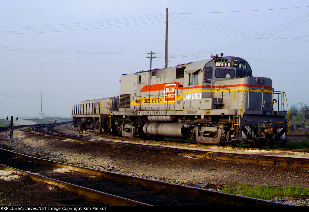 """LN 1303 """"Family Lines System"""""""