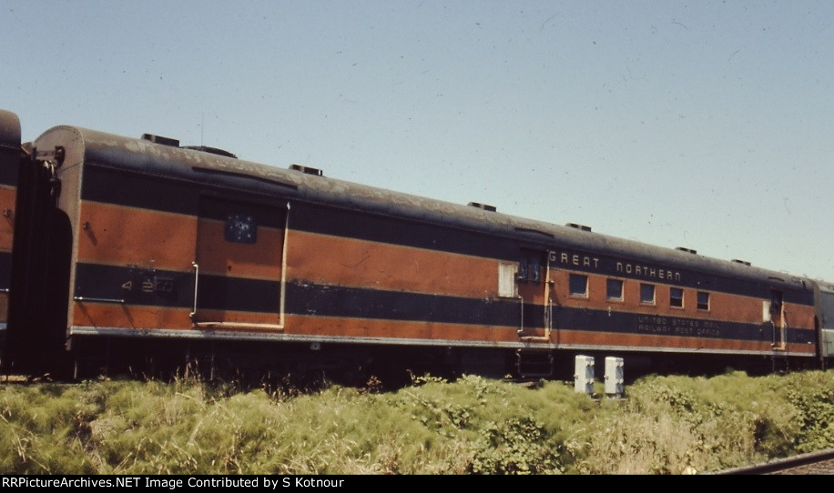 Great Northern RPO mail car stored at Lydale Yard in Mpls MN in 1979.
