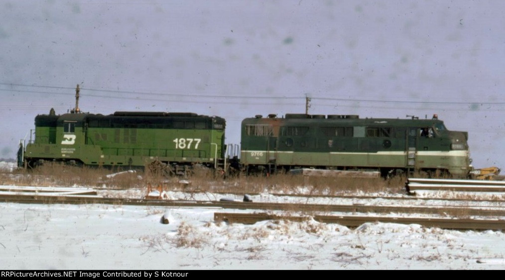 BN GP9 and NP F3A in Mpls MN in 1974.