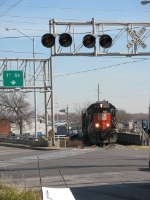 UP 1512 rolls into downtown