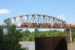 BNSF 7529 & 7547 cross over the McClellanKerr Arkansas River