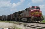 BNSF 695 & NS 8376 head toward Cherokee Yard