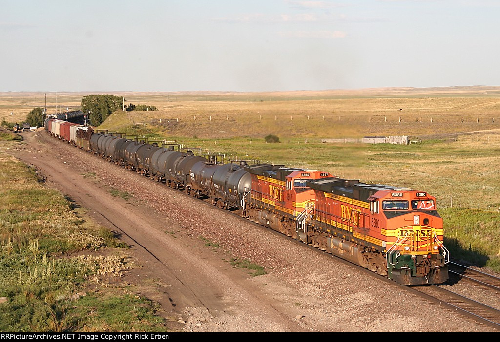BNSF 5380 drags a manifest off the high plains