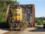 CSX 2680 rolls off the Grand River bridge with Y221-05