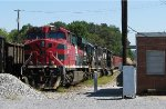 FXE 4660 and a pair of geeps in the house track at Sylacauga