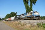 GMTX 9041 (ex-EMD 3) on 15T pulling from the siding in Trussville