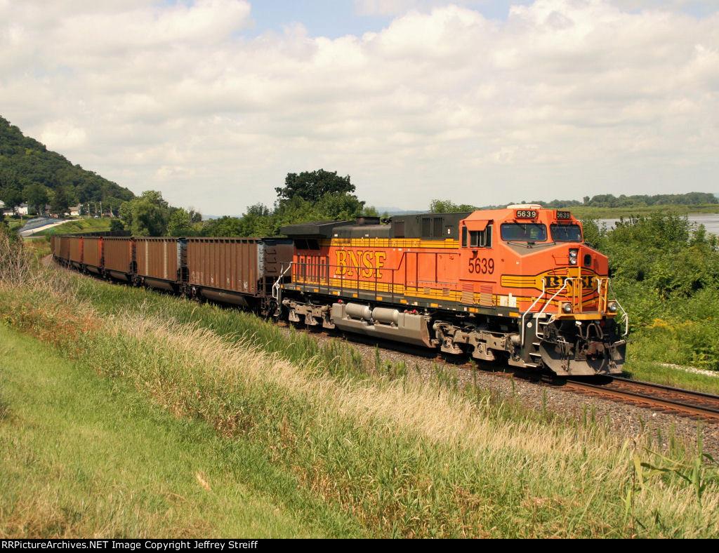 BNSF 5639