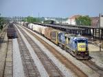 CSX NB Freight 2 C40-8s