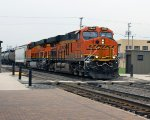 BNSF 6948 rolls west bound on the Mendota Sub