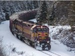 WC 7505 leading fresh ore under M-35 overpass by Goose Lake